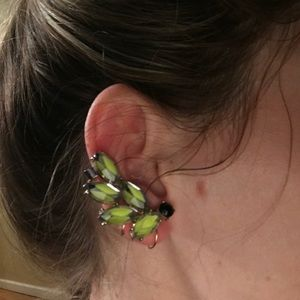 Jewelry - Floral ear cliff climber