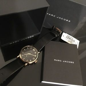 NWT😍 Marc Jacobs Gold Leather Watch