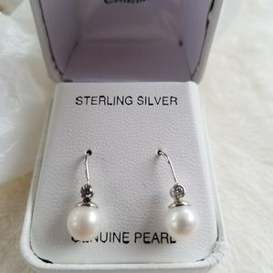 Jewelry - Sterling Silver Genuine Pearl Earring w/ stones