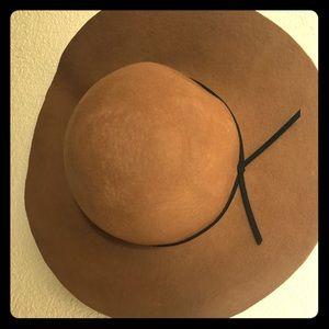 Floppy felt hat from H&M