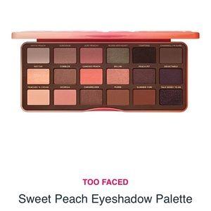 Too Faced Sweet Peach eye shadow palette - NWT