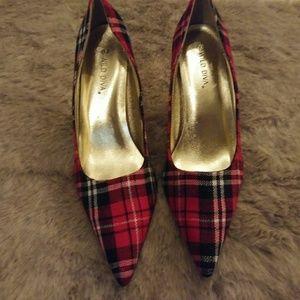 Wild Diva red heels size 10