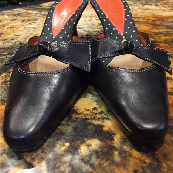 36fb2d9c35637d Van Eli knot style Black mules  2 inch kitten heel.  M 59c855dd13302af41204cfbc