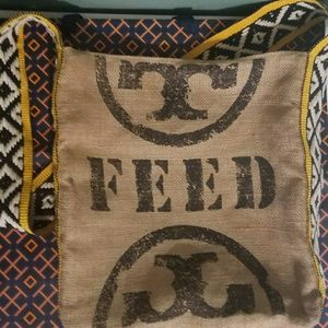 RARE*Tory Burch FEED Shoulder Bag Crossbody