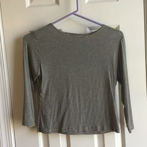Brandy Melville 3/4 Sleeve Crop