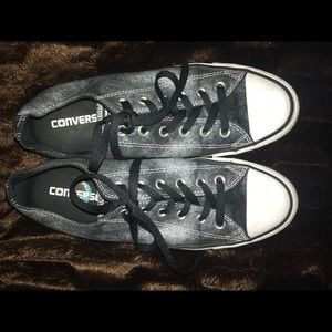 Black and white all-star converse.
