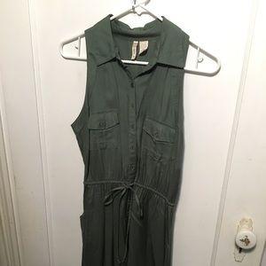 Dresses & Skirts - Green Collared Dress