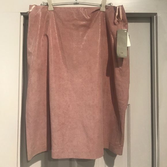 H&M Dresses & Skirts - NWT pink leather skirt H&M sz 14