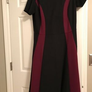 Black & merlot midi dress 🎀