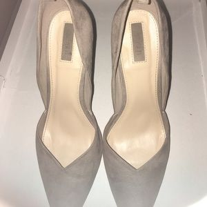 Forever 21 suede feel pointed toe heels