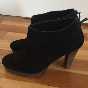 COLE HAAN Bootie, Black Suede, Size 8B