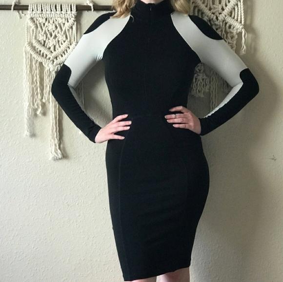 01fdaca9612 Angela Mele Milano Dresses   Skirts - 🍷Angela Mele Milano Longsleeved Bodycon  Dress🍷