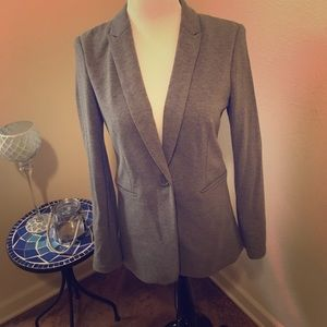 Markdown! Comfy, yet chic grey blazer!