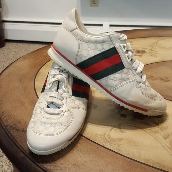 97056c12300 Gucci Shoes - Preloved Gucci