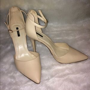 Nude/cream Forever 21 heels with ankle strap