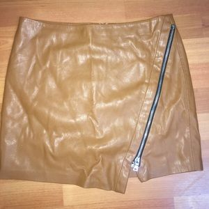 Zara BNWT Faux leather skirt