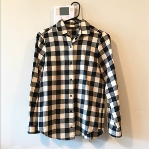 Zara button up black and white flannel top XS