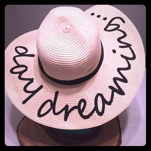 Day Dreaming Beach Hat