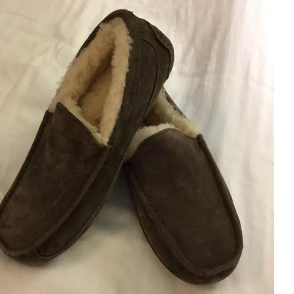 3e45f279da2 Ugg men's 9 ascot slipper chocolate brown suede