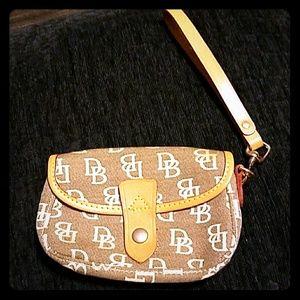 Dooney & Bourke tan leather wristlet