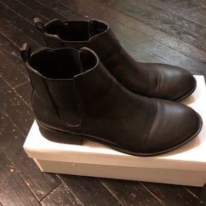 Forever 21 Black Chelsea Boot