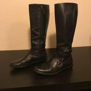 Black Italian leather Tod's moto style boots