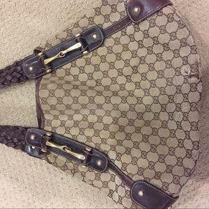Authentic Gucci Pelham handbag