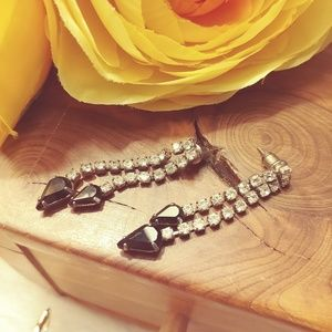 Formal dangling earrings w/ black rhinestones