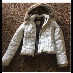 Worn  once !Beautiful white puffer jacket