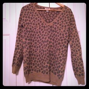 Old Navy leopard print pullover sweater