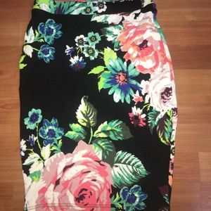 Floral H&M pencil skirt