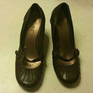 Mudd Brown Short Heels