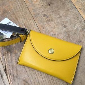 Yellow  Coin purse in Italian leather