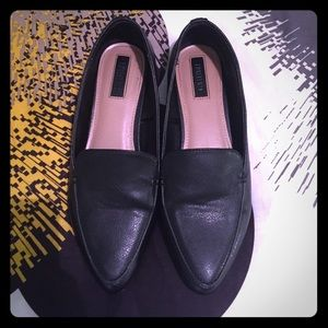 Forever 21 black faux leather flats size 6.5