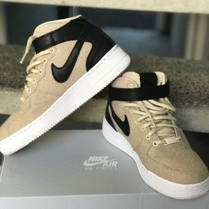 Air Force 1 '07 Mid Leather Premium