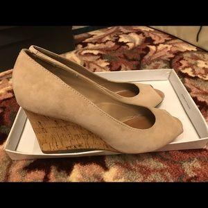 Steve Madden wedge peep toe heels