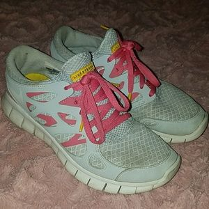 Nike Free Run Livestrong limited edition!