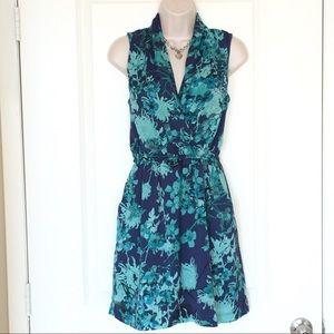 Beautiful Kensie Floral Dress w/ Pockets