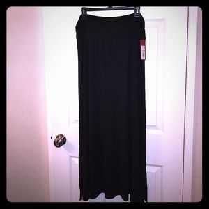 Merona black maxi skirt w/ side slits. Size XL