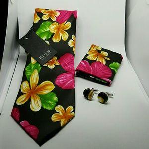 Other - Black Flower Tie set