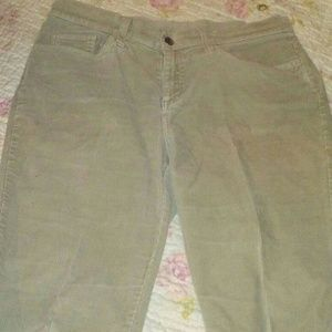 Sonoma Corderoy life style stretch pants