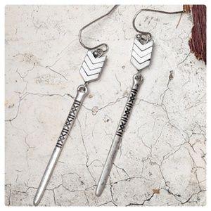 Jewelry - JUST IN: Antique Silver Arrow Dangle Earrings