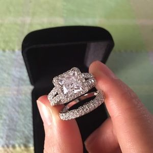 Jewelry - 2pcs Pure 925 silver engagement ring wedding band