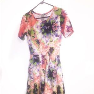S Lularoe Watercolor Amelia