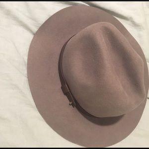 Felt H&M hat