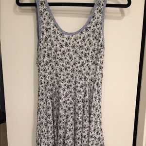 Anthropology pins and needles floral Dress. Small