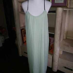 SAGE GREEN GRECIAN STLYE DRESS SIZE L