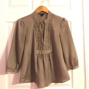 Petite taupe blouse