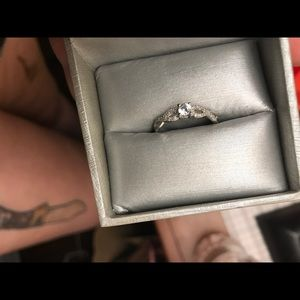 Zales Promise Ring 💍 size 7