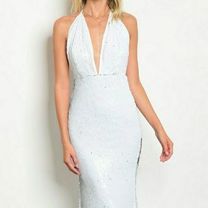 715d97bfd3d Dresses - 🌹🌹MARILYN WHITE SEQUINS DRESS🌹🌹